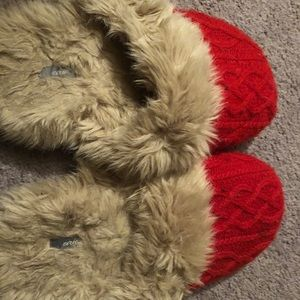 Aerie slippers